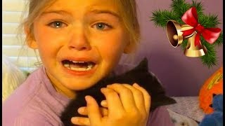 Download KIDS REACTIONS To Kitten And Puppy Surprise On Christmas Compilation 2017 Video