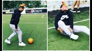Download 6ix9ine Rolls His Ankle While Trying To Play soccer Video