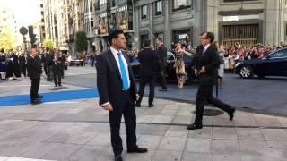 Download Llegada de los Reyes de España a la entrega de los Premios Princesa de Asturias 2016 Video
