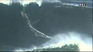 Download Garrett McNamara vague de 27 metres a Nazare Video