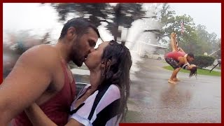 Download IN LOVE IN THE RAIN!! Video