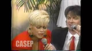 Download Camilo Sesto con Gisela Valcárcel - ″Aló Gisela″ 1992 - Panamericana Televisión Video