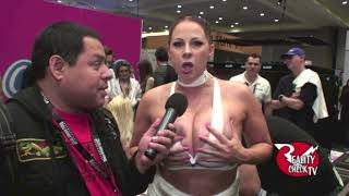 Download Gianna Michaels at AVN 1/20/17 Video