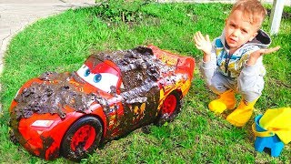 Download Nikita and Lightning McQueen Car Wash Video