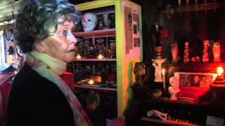 Download THE CONJURING - The Real Lorraine Warren Featurette Video