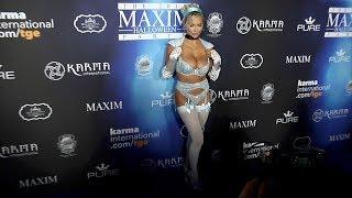 Download Lindsey Pelas 2017 Maxim Halloween Party Video