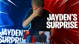 Download SURPRISING JAYDEN WITH A NINTENDO SWITCH!! *HE CRIED* HE CAN PLAY FORTNITE NOW! - FAMILY VLOG 🔥 Video