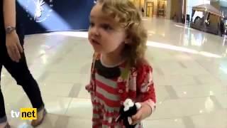 Download İlk Defa Ezan Sesi Duyan Amerikalı Minik Kız Çocuğu Video