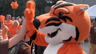Download New Student Orientation at RIT Video