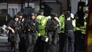 Download London subway explosion declared terrorist incident by police Video