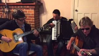 Download Hank Marvin Gypsy Trio 'Caravan' - Gypsy Jazz Guitar Secrets Magazine Video