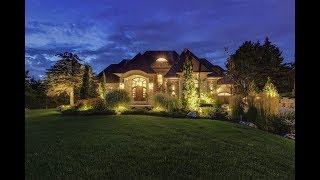 Download Contemporary Kleinburg Estate in Vaughan, Ontario, Canada Video