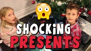 Download Opening Christmas PRESENTS!!!!! Video