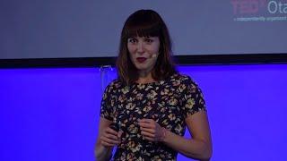 Download We're wired for kindness | Katri Saarikivi | TEDxOtaniemi Video