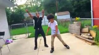 Download Ayo n Teo Ko skolong Video