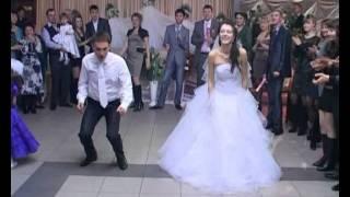 Download САМЫЙ ЛУЧШИЙ СВАДЕБНЫЙ ТАНЕЦ С СЮРПРИЗОМ (THE BEST WEDDING DANCE) Video