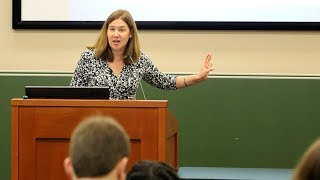 Download Oral Advocacy Workshop for Women, with Professor Molly Shadel (An Excerpt) Video