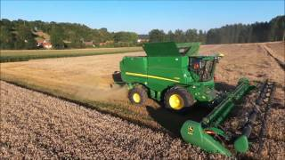 Download New John Deere S790i with draper 640D 10 m 70 in France Video
