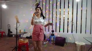Download *親親茉莉花🌼*~Singer💃小紅-廟街車場晚唱,19-0514. Video