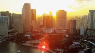 Download Vídeo Promocional 2015 UTH Florida University Video