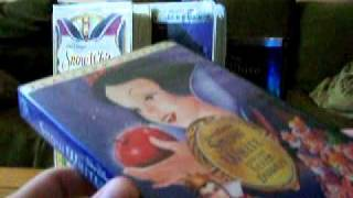 Download 4 Different Versions of Snow White and the Seven Dwarfs Video