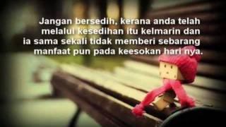 Download Tersenyumlah Wahai Hati Yang Bersedih. ! Video