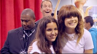 Download Photobombing YouTubers at VidCon 2014 Video