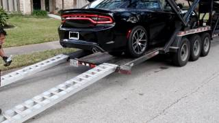 Download 2016 Dodge Charger Scat Pack delivery Video