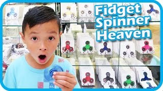 Download FIDGET SPINNER Toy Hunt at Shopping Mall, I Got 3 FREE Fidget Spinners and a Case – TigerBox HD Video