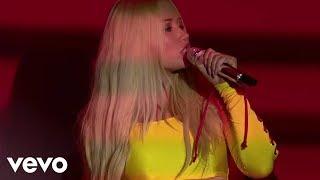 Download Iggy Azalea - Switch (Live From iHeartRADIO MMVAs / 2017) Video