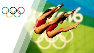 Download Chinese pair wins Women's Synchronised Diving 10m gold Video