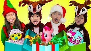 Download Wendy Emma Jannie & Lyndon Pretend Play Saving Christmas Morning & Presents for Kids Video