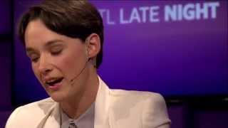 Download Anne van Veen had affaire met 30 jaar oudere docent - RTL LATE NIGHT Video