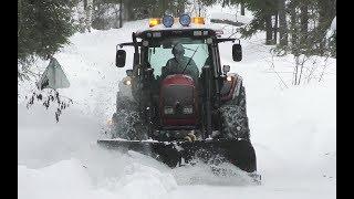 Download Valtra N121 Snowclearing Sweden 4K Video