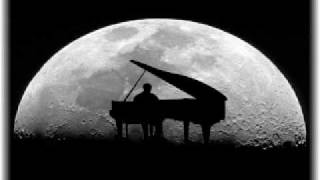 Download Beethoven Moonlight Sonata (Sonata al chiaro di luna) Video