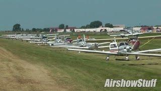 Download Minimum Interval Departures on Runway 27 (Thursday) - EAA AirVenture Oshkosh 2015 Video