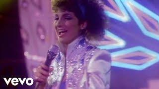 Download Gloria Estefan, Miami Sound Machine - Conga Video