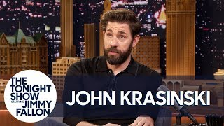 Download London Customs Agent Couldn't Believe John Krasinski Is Married to Emily Blunt Video