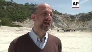 Download Calls for new Volcano evacuation plan Video