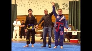 Download Woman beats Man in Gi II Vermont Grappling Championship April 2015 Video