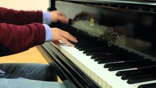 Download Best of Coldplay - Piano Medley (11 Covers in 20 Minutes) - Costantino Carrara Video