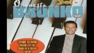 Download Orquesta Bronko - Ella Se Fue Video