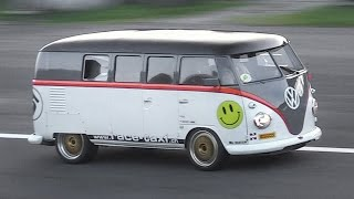Download 530hp Porsche 993 Bi-Turbo powered Volkswagen T1 ″Race-Taxi″ in Action!! Video