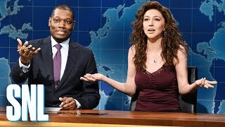 Download Weekend Update: Angel Reacts to Good Holiday News - SNL Video