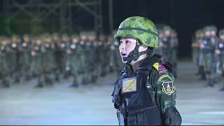 Download Thailand's New Military Salute Video