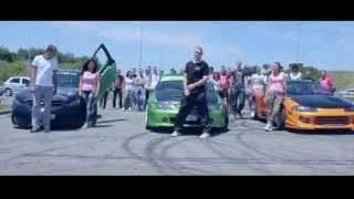 Download IMPULSE,TRICE & KIZA(LU)-Vozimo Kroz Grad(Ns Tuning Centar) Video