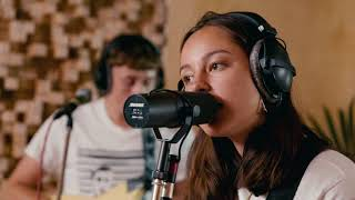 Download The Orielles 'Old Stuff New Glass' The Selector Radio Session Video