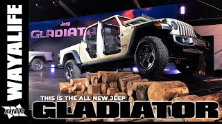 Download GLADIATOR : The Jeep Pickup Truck - A Close Up Look from the 2018 LA Auto Show Video