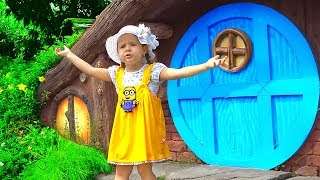 Download Diana Pretend Play in the Amusement Park! Family Fun Adventures with Kids Diana Show Video