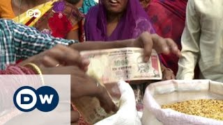 Download Banned rupee notes cause chaos in India | DW News Video